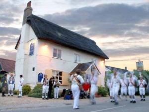 Morris Dancers at the Hare and Hounds